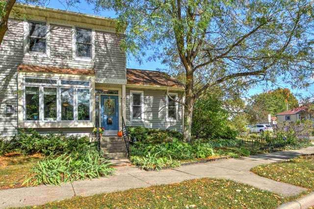 831 S Mills St, Madison, WI 53715 (#1895178) :: HomeTeam4u