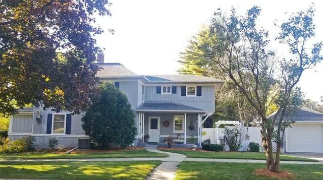 210 Bayley Ave, Platteville, WI 53818 (#1895313) :: HomeTeam4u