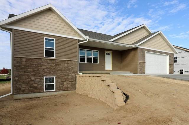 2128 Cambridge Ct, Reedsburg, WI 53959 (#1895573) :: HomeTeam4u