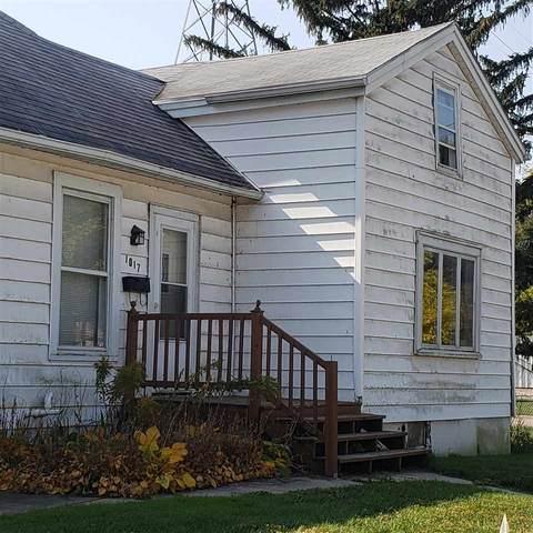 1017 Riverside St, Janesville, WI 53548 (#1895622) :: HomeTeam4u