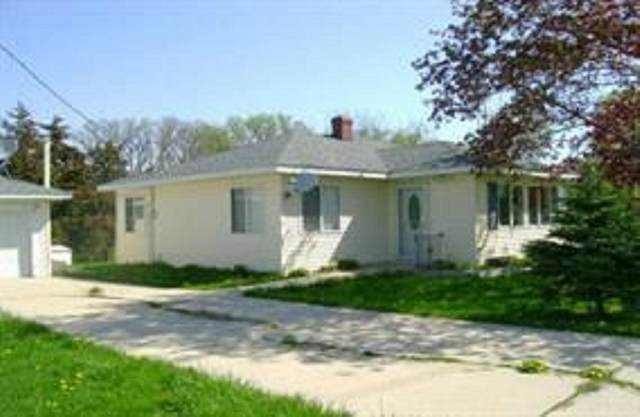 8716 W Cherry Rd, Richmond, WI 53115 (#1895835) :: HomeTeam4u