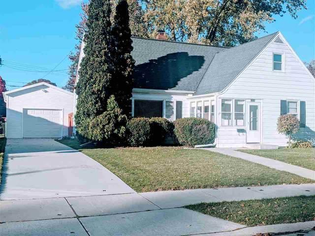 1221 Bennett St, Janesville, WI 53545 (#1895860) :: HomeTeam4u