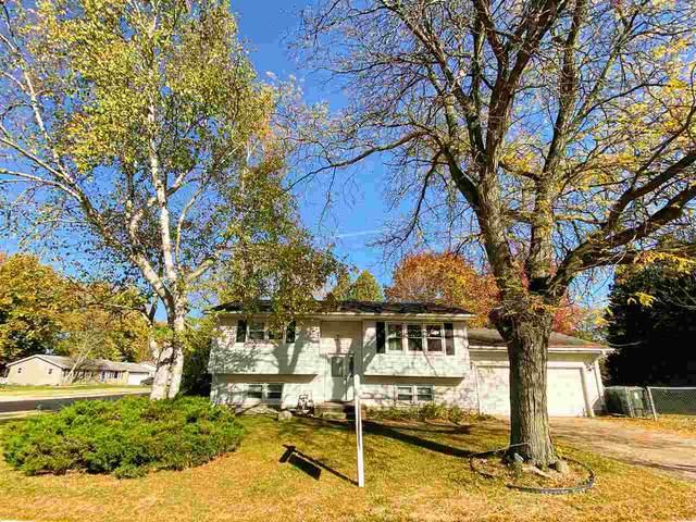 1290 Vandenburg St, Sun Prairie, WI 53590 (#1896084) :: HomeTeam4u
