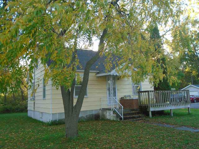 900 Prairie St, Mauston, WI 53948 (#1896105) :: HomeTeam4u