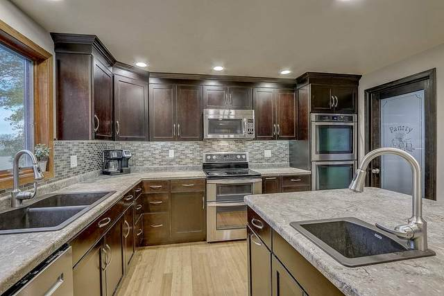 550 N Fairfield Ave, Juneau, WI 53039 (#1896550) :: Nicole Charles & Associates, Inc.