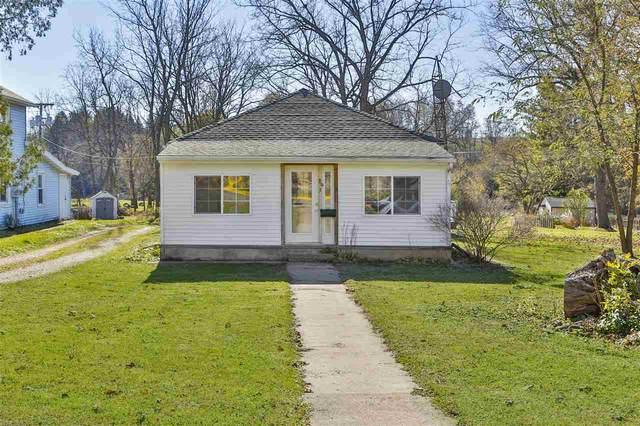 803 2nd Ave, Baraboo, WI 53913 (#1897115) :: Nicole Charles & Associates, Inc.