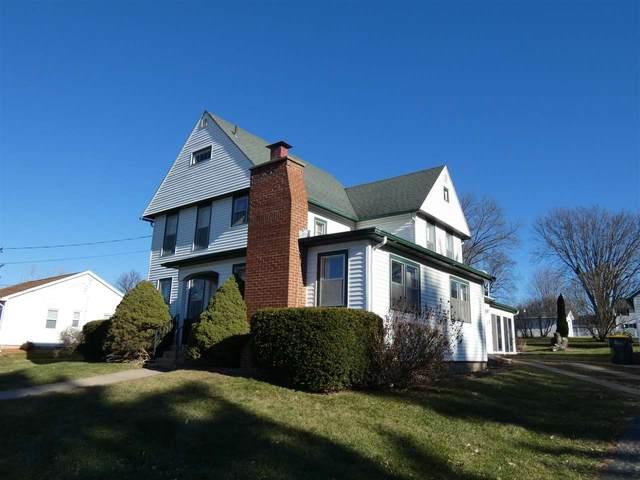 1016 S Madison St, Lancaster, WI 53813 (#1898691) :: Nicole Charles & Associates, Inc.