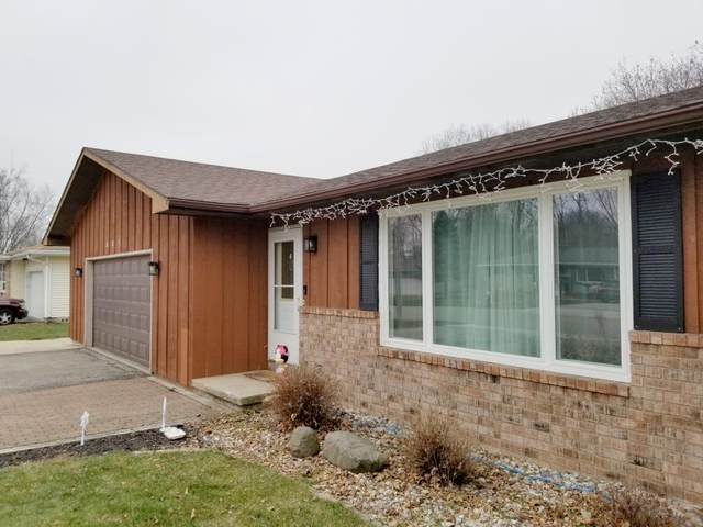 441 Cheryl St, Cottage Grove, WI 53527 (#1899125) :: Nicole Charles & Associates, Inc.