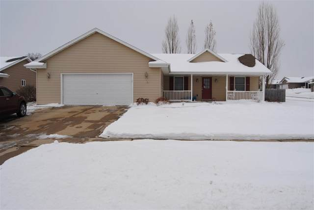1135 Russell Rd, Janesville, WI 53563 (#1899954) :: Nicole Charles & Associates, Inc.
