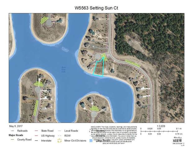 W5563 Setting Sun Ct, Germantown, WI 53950 (#1900056) :: Nicole Charles & Associates, Inc.