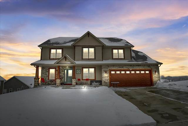 208 Tansdale Ct, Johnson Creek, WI 53038 (#1900348) :: Nicole Charles & Associates, Inc.