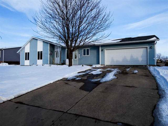 1109 N Johns St, Dodgeville, WI 53533 (#1900381) :: Nicole Charles & Associates, Inc.