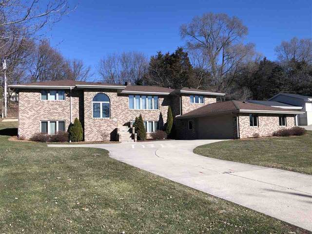 2811 Ruger Ave, Janesville, WI 53545 (#1900592) :: Nicole Charles & Associates, Inc.