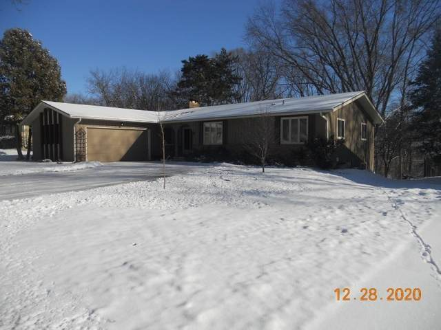 521 Valley Rd, Madison, WI 53714 (#1900608) :: HomeTeam4u