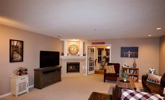8530 Greenway Blvd, Middleton, WI 53562 (#1900642) :: HomeTeam4u