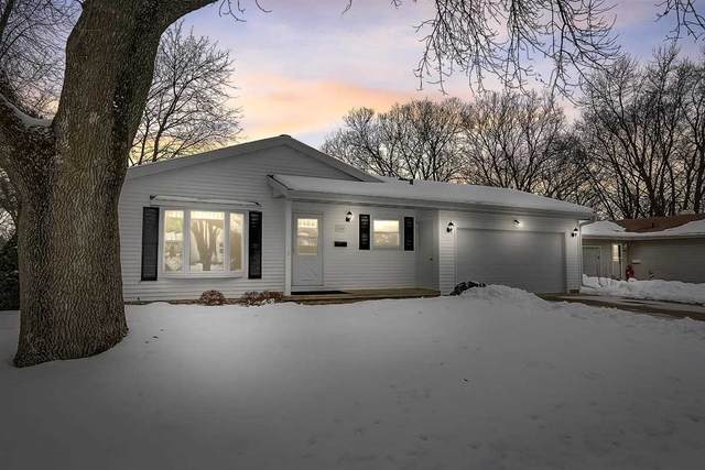 2302 Ravenswood Rd, Madison, WI 53711 (#1900902) :: HomeTeam4u