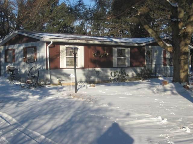 N1629 Hwy 22, Buffalo, WI 53949 (#1901243) :: HomeTeam4u