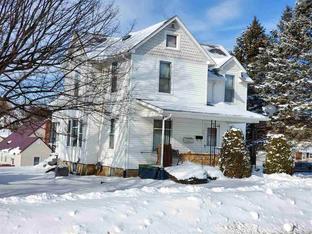 367 S Washington St, Lancaster, WI 53813 (#1901355) :: HomeTeam4u