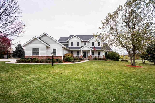 7708 Welcome Dr, Middleton, WI 53593 (#1901439) :: Nicole Charles & Associates, Inc.