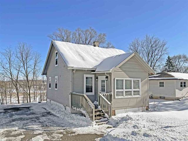 502 N Main St, Deerfield, WI 53531 (#1901603) :: HomeTeam4u