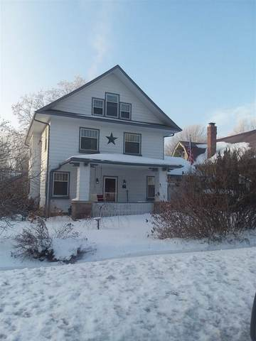 426 Doty St, Mineral Point, WI 53565 (#1901687) :: HomeTeam4u