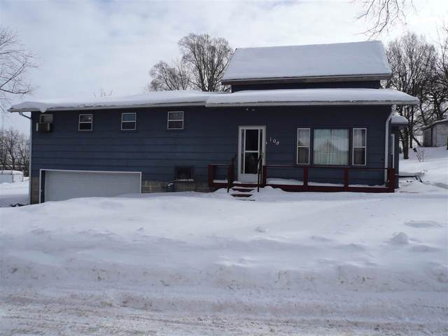 108 N Washington St, Deerfield, WI 53531 (#1902350) :: HomeTeam4u
