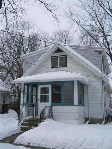 2326 Hoard St, Madison, WI 53704 (#1902439) :: HomeTeam4u
