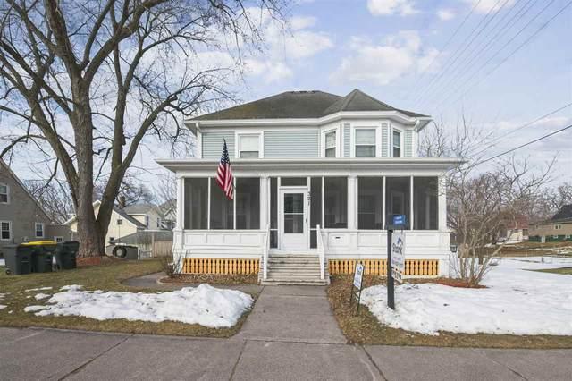 321 N Walnut St, Reedsburg, WI 53959 (#1902455) :: HomeTeam4u