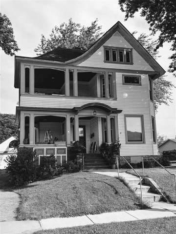 110 1st St, Lodi, WI 53555 (#1902727) :: HomeTeam4u