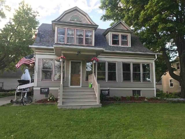 610 Milwaukee Rd, Clinton, WI 53525 (#1902822) :: HomeTeam4u
