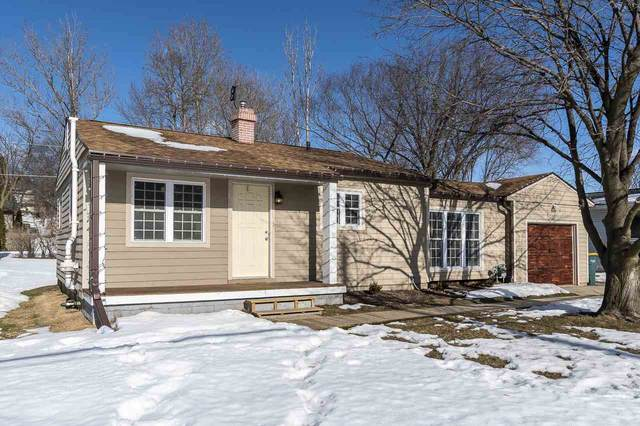800 S Center St, Beaver Dam, WI 53916 (#1902853) :: HomeTeam4u