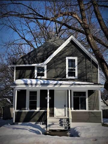1025 Moore St, Beloit, WI 53511 (#1902967) :: HomeTeam4u