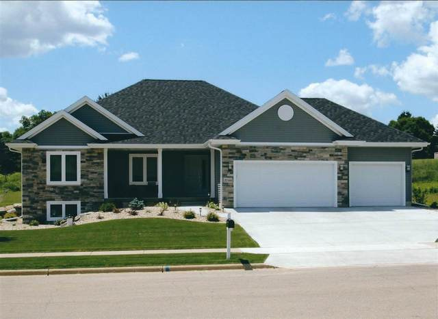 1417 Ridgetrail Dr, Cross Plains, WI 53528 (#1903234) :: HomeTeam4u