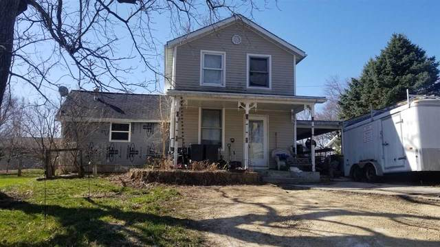 416 Flint St, Mineral Point, WI 53565 (#1905279) :: HomeTeam4u