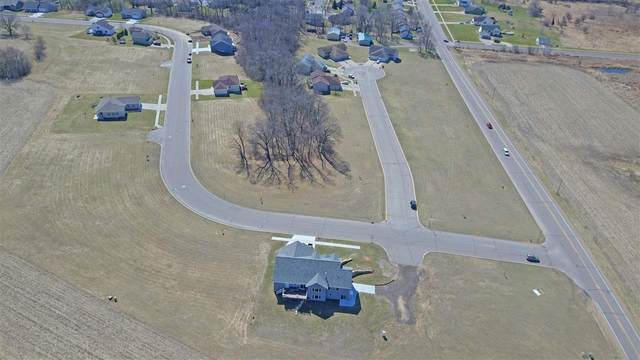 L26 Russell Ct, Reedsburg, WI 53959 (#1905316) :: Nicole Charles & Associates, Inc.