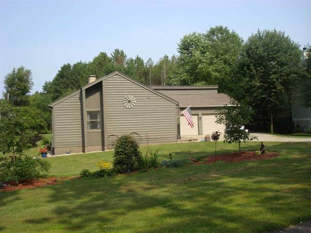 S2943 Fairway Dr, Excelsior, WI 53959 (#1905671) :: Nicole Charles & Associates, Inc.
