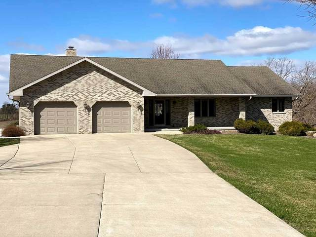 N2305 County Road K, Clarno, WI 53566 (#1905683) :: HomeTeam4u