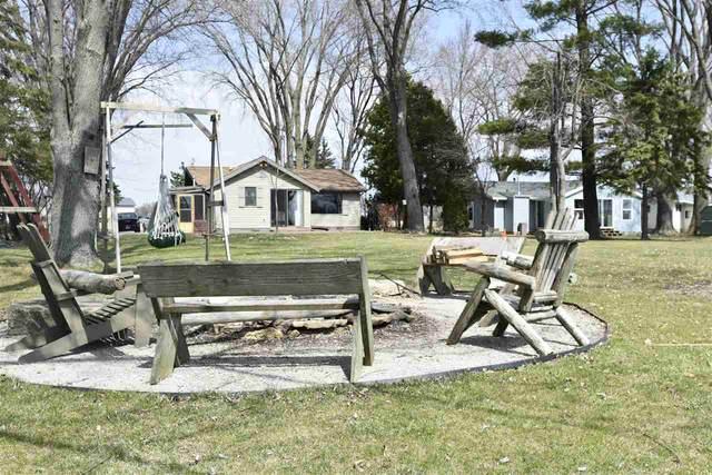 W9581 Stone Ledge Rd, Westford, WI 53916 (#1905881) :: HomeTeam4u