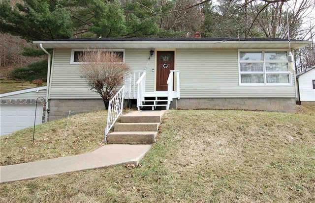 725 Valley View Drive, Richland Center, WI 53581 (#1905971) :: Nicole Charles & Associates, Inc.