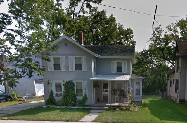 209 S Locust St, Janesville, WI 53548 (#1906057) :: HomeTeam4u