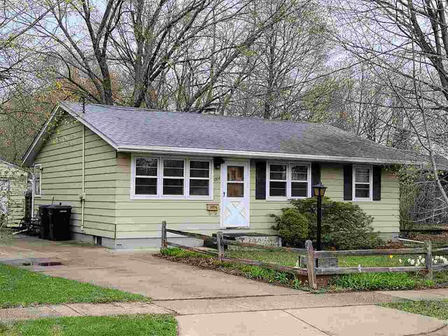 1204 Maple Ct., Janesville, WI 53548 (#1906106) :: HomeTeam4u