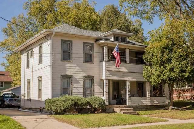 326 Lincoln St, Janesville, WI 53548 (#1906461) :: HomeTeam4u