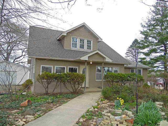W1902 Town Center Rd, Spring Grove, WI 53550 (#1906834) :: Nicole Charles & Associates, Inc.