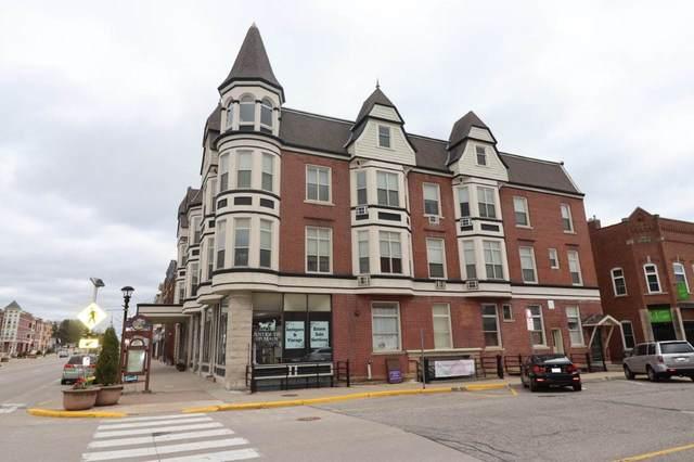 204 E Main St, Reedsburg, WI 53959 (#1906937) :: Nicole Charles & Associates, Inc.