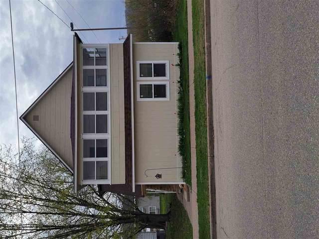 115 S Prairie St, Prairie Du Chien, WI 53821 (#1907207) :: Nicole Charles & Associates, Inc.
