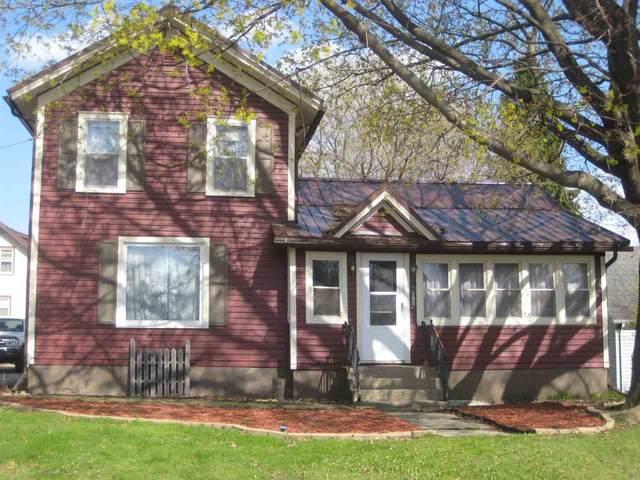 150 N Grand St, Markesan, WI 53946 (#1907418) :: Nicole Charles & Associates, Inc.