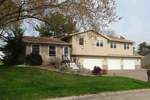 209 Harmon Ave, Belleville, WI 53508 (#1907651) :: Nicole Charles & Associates, Inc.