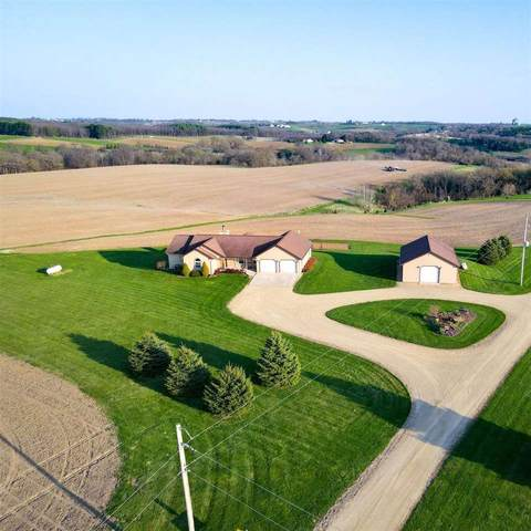 17013 King Rd, Willow Springs, WI 53565 (#1908014) :: RE/MAX Shine