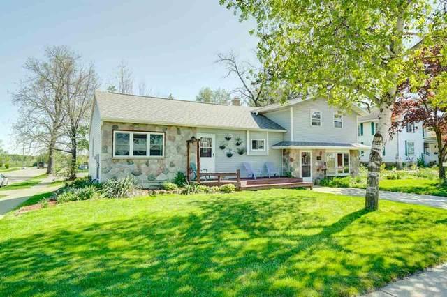 839 Janesville St, Oregon, WI 53575 (#1908323) :: HomeTeam4u