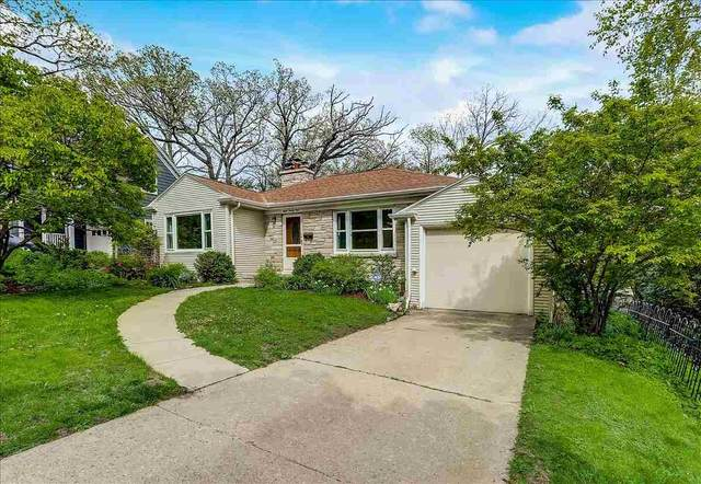 821 Hiawatha Dr, Madison, WI 53711 (#1908446) :: Nicole Charles & Associates, Inc.
